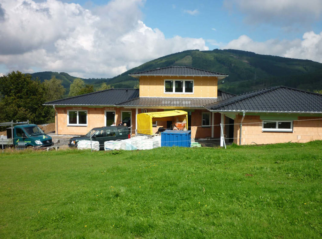 Neubau eines Dachstuhls mit 2. Geschoss